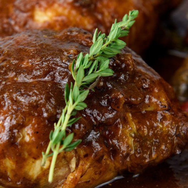 pollo asado en salsa
