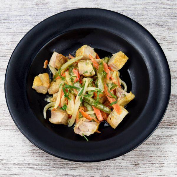 Ensalada de pollo con aliño de mostaza fácil y rápido