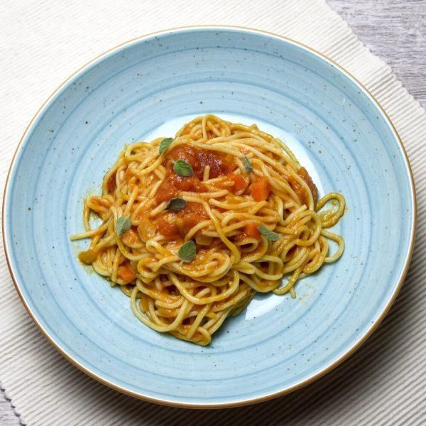 Spaghetti al pomodoro TupTup fácil y rápido
