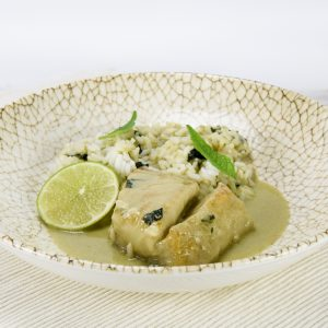 Lomo de merluza al curry verde y arroz jazmin